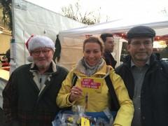 ... und in Neckarrems mit Rainer Maute (links) und dem FDP-Kreisvorsitzenden Kai Buschmann (rechts).