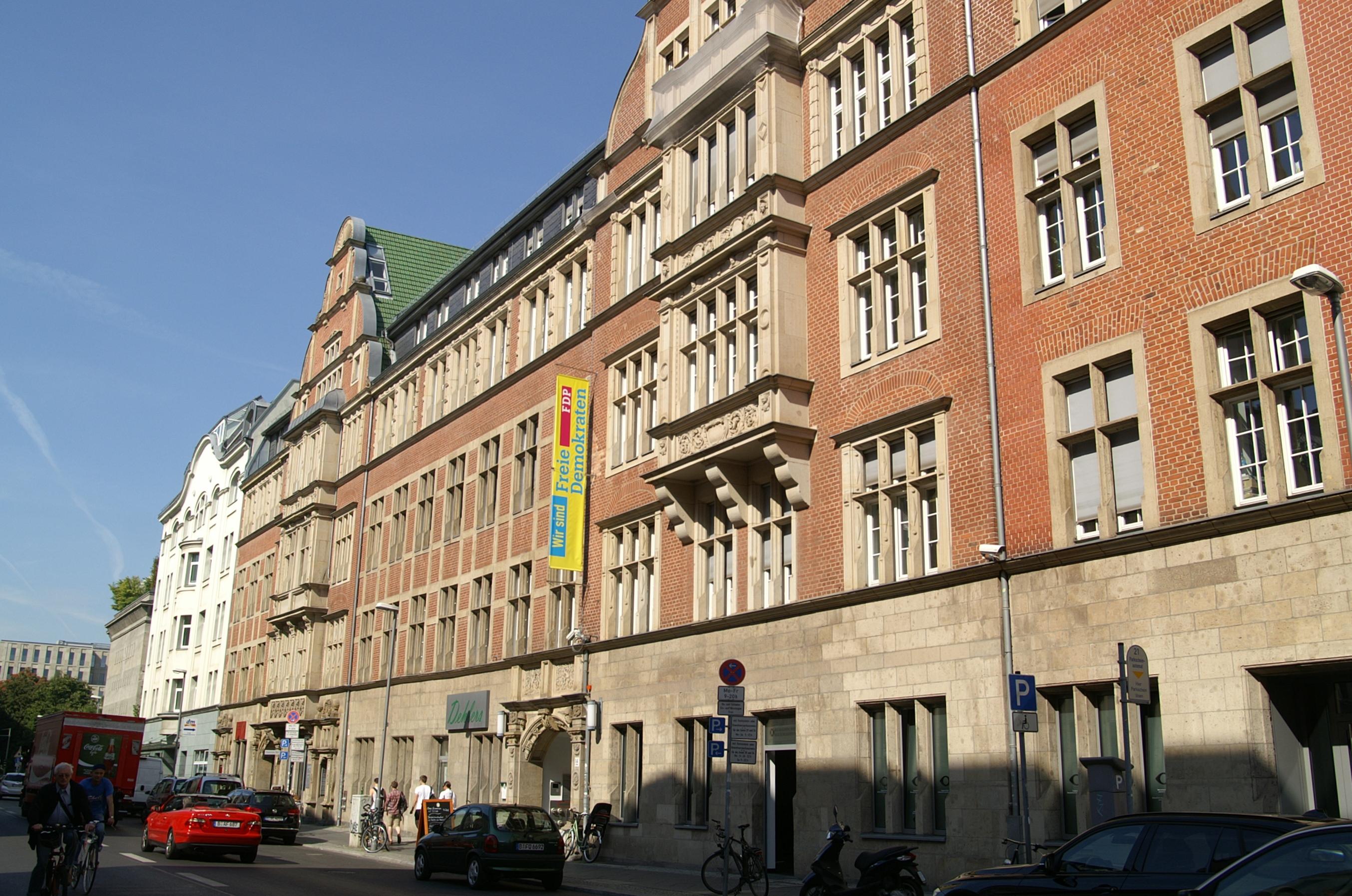 Hans-Dietrich-Genscher-Haus, Berlin
