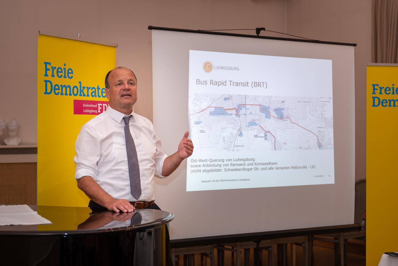 OB Werner Spec stellt die Streckenplanungen zur BRT-Trasse vor